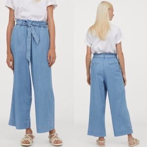 H&M Cropped Paperbag Chambray Pants